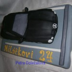 Mercedes-na parkovišti